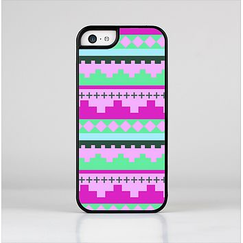 The Lime Green & Purple Tribal Ethic Geometric Pattern Skin-Sert Case for the Apple iPhone 5c