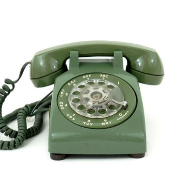 Vintage 1960's Avocado Green Rotary Dial Telephone Western Electric