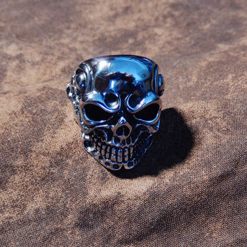 Triple Skull Titanium Bikers Ring for Men