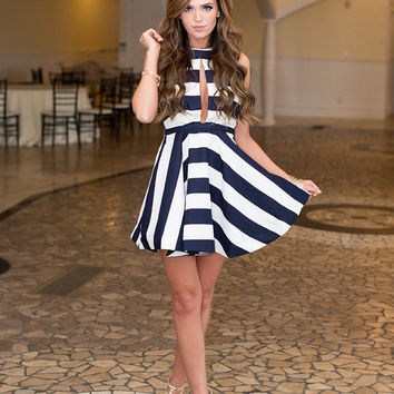 Secret Meeting Dress Navy/White