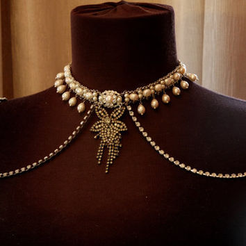 Bridal Necklace for the shoulders Pearl and rhinestone 1920s Jewellry Bridal Epaulettes VIntage Wedding Gastby necklace Backdrop Necklace
