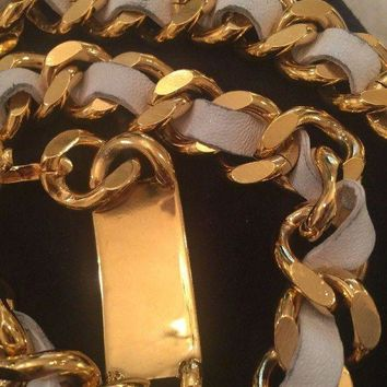 DCCKJY6X ICONIC CHANEL VINTAGE WHITE & GOLD TONED CHAIN BELT 28'' MAKE AN OFFER!