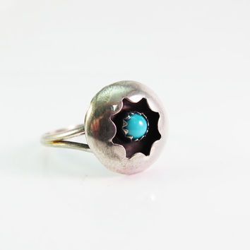 Sterling Silver VintageTurquoise Ring, Native American Ring, Navajo Ring, Christmas Gift for Her, Vintage Turquoise Ring Size 8.5