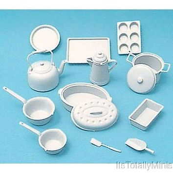 1:12 Scale Cookware Kit, White #CHR2214