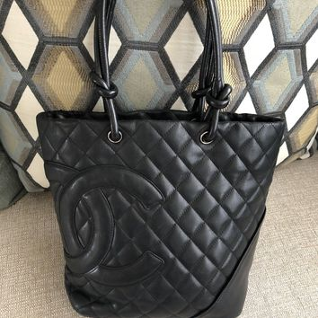 100% Authentic CHANEL Vintage Women's Quilted Bucket Hand Bag . Good Condition