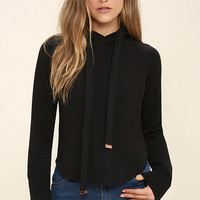 Famous Black Cropped Hoodie
