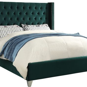 Inverness Upholstered Platform Bed