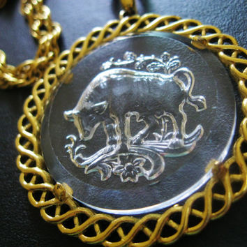 CROWN TRIFARI Taurus Necklace Vintage Zodiac Intaglio Glass Pendant Jewelry
