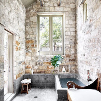 Stone tub - Home is where the heart is