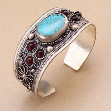 Free Shipping - Unisex Vintage Turquoise Silver And Natural Garnet Jade Bead Cuff Bracelet