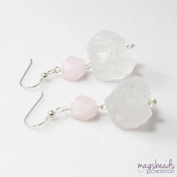 Chunky Earring, Rose Quartz Earrings, Pink Quartz Earring, Rough Quartz Jewelry, Clear Quartz, Pastel Pink, Light Pink, Chunky Statement