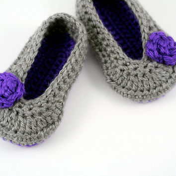 Crochet Ballet Slipper // Purple and Gray with Roses // 6 to 9 Month Size // Baby Ballet Shoes