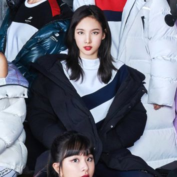 TWICE Beanpole Sport 18FW Unisex Black B.Bench Deck Down Bench Down Long Padding Jackets