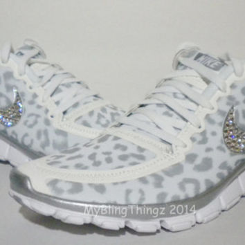 HOT!! Nike Free Run 5.0 V4 Shoes - White / Wolf Grey / Metallic Silver - Leopard Cheetah Design - Bedazzled with Swarovski Elements Crystals