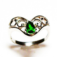 """Chrome diopside, chrome diopside ring, solitaire ring, green ring, green, s 7      """"Green Teardrops"""""""