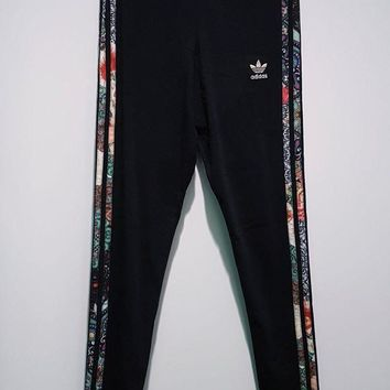 LMFV9O Love Q333 - adidas Originals X Farm Jardim 3 Stripe Leggings