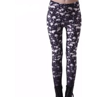 Black Skulls Women Leggings