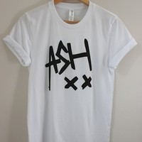 Ash 5SOS Graphic Top