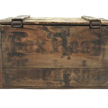 Vintage Fox Head Beer Crate / Fox Head Brewery Waukesha WI / Industrial Decor