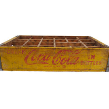 Vintage 1962 WOOD Coca Cola Glass Bottle Carrier Crate Excellent Condition Things Go Better With Coke
