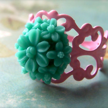 Chrysanthemum Ring, Resin Jewelry, Mint Green Flower Ring, Pink Filigree Base, Cute On Trend, Women's Jewelry