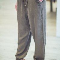 Drawstring Joggers in Olive