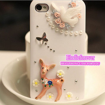 Deer iPhone 5 case, deer iPhone 4S case,Dove iPhone 5 Case,cute case,The lost deer iphone case, Designer iPhone case, case for iPhone, T02