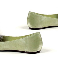 Tinker Adult Shoes