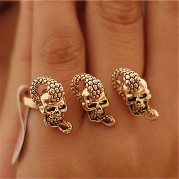 Retro Exaggerated Skull Snakes Bicyclic Ring Punk Personalized Jewelry