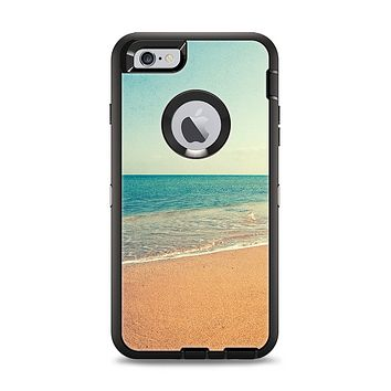 The Vintage Beach Scene Apple iPhone 6 Plus Otterbox Defender Case Skin Set