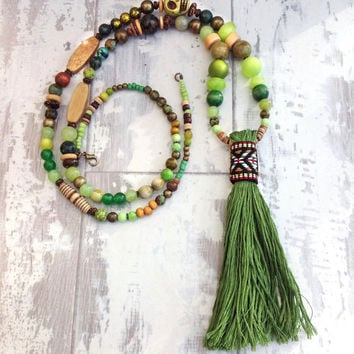 Long tassel necklace, beaded necklace green, long statement necklace, long skull necklace, bohemian jewelry, tassel necklaces