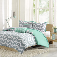 Intelligent Design Laila 5-piece Duvet Cover Set | Overstock.com Shopping - The Best Deals on Teen Duvet Covers