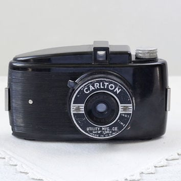 Vintage Camera - Carlton, 1930s Art Deco Bakelite 127 Film Snapshot Camera