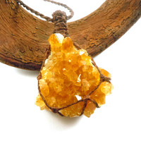 Citrine necklace, citrine cluster, macrame necklace, abundance necklace, healing crystal, statement jewelry, citrine jewelry, wrapmeacrystal