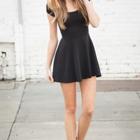 Brandy & Melville Deutschland - Bethan Dress