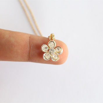 Gold Floral Necklace/Flower Pendant Necklace/Geometric Necklace/Simple Chain Necklace/Minimalist Necklace/Tiny Necklace/Tiny Flower necklace