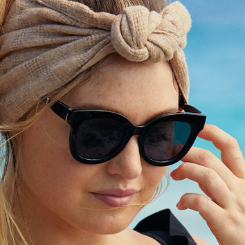Aerie Purrrty Sunnies , True Black