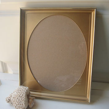 Vintage Oval  Frame 8x10 Gold Brass Toned Thick Metal  Glass Filigree  Shadow Box Wedding Decor Golden Shabby Chic Victorian