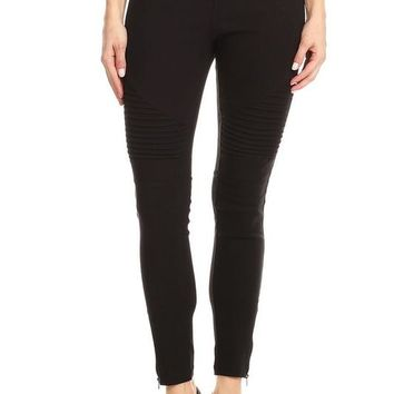 Moto Jeggings With Zipper Detail in Black