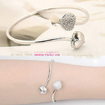 Shiny Stylish Classics Korean Fashion Bangle = 4806898820