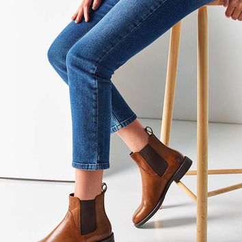 Vagabond Amina Chelsea Boot - Urban Outfitters