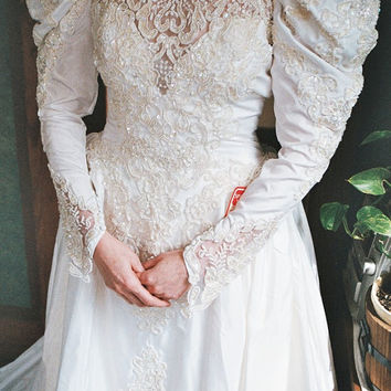 Vintage Wedding dress with cathedral length train