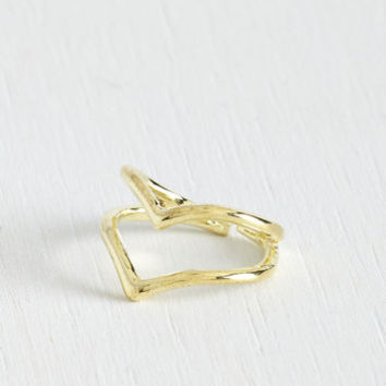 ModCloth Festival The V to Success Knuckle Ring