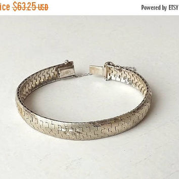 ON SALE - Vintage 925 Sterling Silver Bracelet