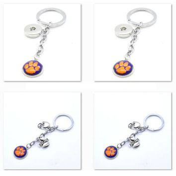 2017 New Football Keychain NCAA Clemson Tigers Charm Key Chain Car Keyring for Women Men Party Birthday Keyrings Gifts