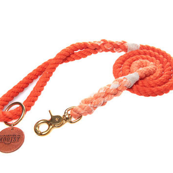 Tangerine Ombré Rope Dog Leash