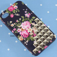 Iphone 4s Case, Silver studded iphone 4s case, studded Iphone case, Black floral Iphone 4s Hard Case, iphone 4s cover