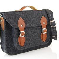 Macbook Pro 17 inch, Felt Laptop 17 inch bag with pocket, satchel, CUSTOM SIZE, case with leather straps and belt shoulder