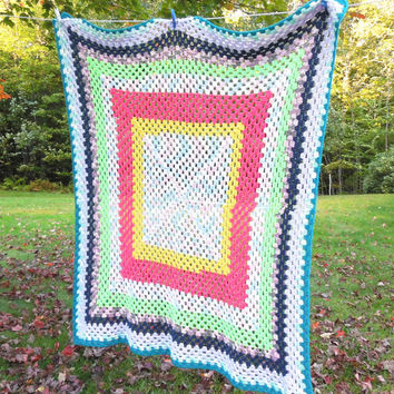 "Colorful vintage crochet throw blanket afghan with teal border 53"" x 42"""