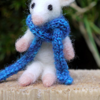 "needle felted mouse, felt miniature mouse, tiny miniature mouse, 6 cm (2 3/8""), with knitted shawl, woolfelt mouse, miniature felt sculpture"